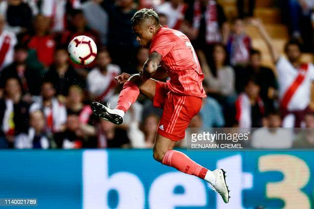 Real Madrid's SpanishDominican forward Mariano Diaz controls the ball during the Spanish League football match between Rayo Vallecano and Real Madrid...