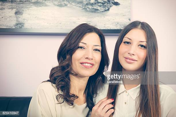 Madre con figlia reale