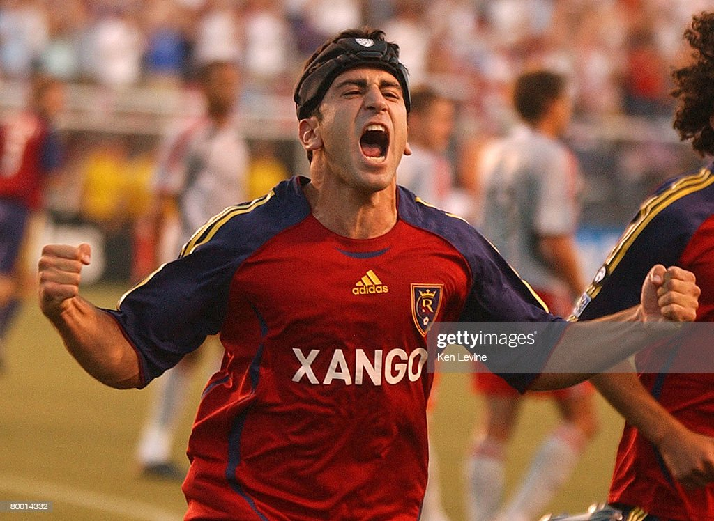 MLS - Toronto FC vs Real Salt Lake - July 4, 2007 : News Photo