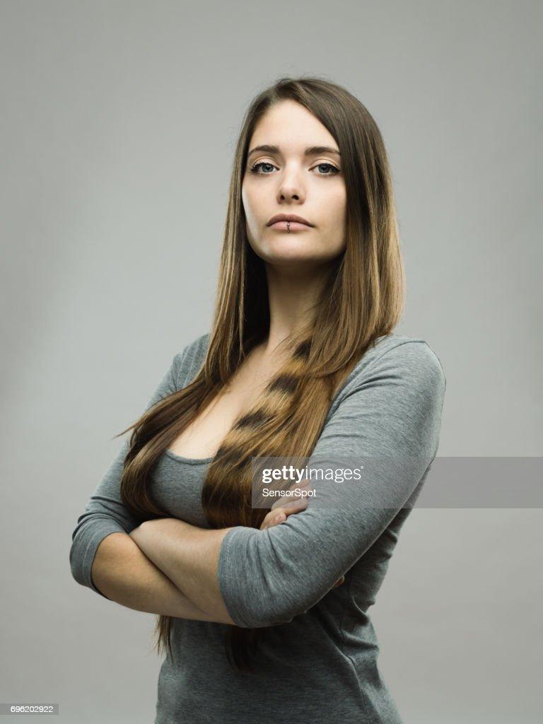 Echte junge Frau Studioportrait : Stock-Foto