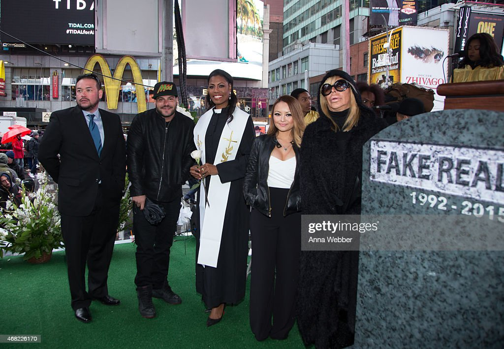 Reality TV Stars Jon Gosselin, Ronnie Ortiz-Magro, Omarosa, Tila Tequila and Angela 'Big Ang' Raiola attend AOL's CONNECTED Celebrates The Death Of FAKE Reality TV at Times Square on March 31, 2015 in New York City.