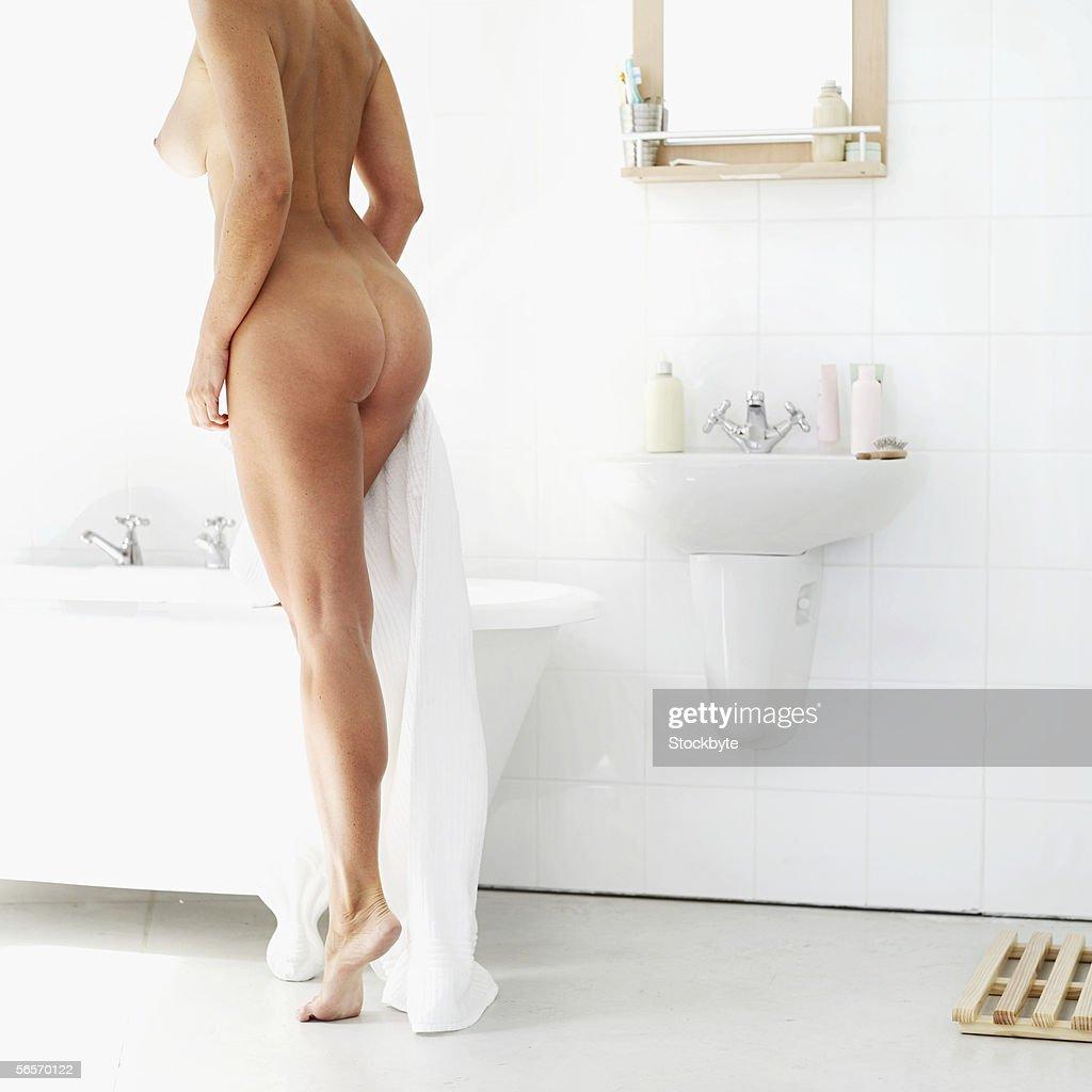 Man's penis cut off by femdom