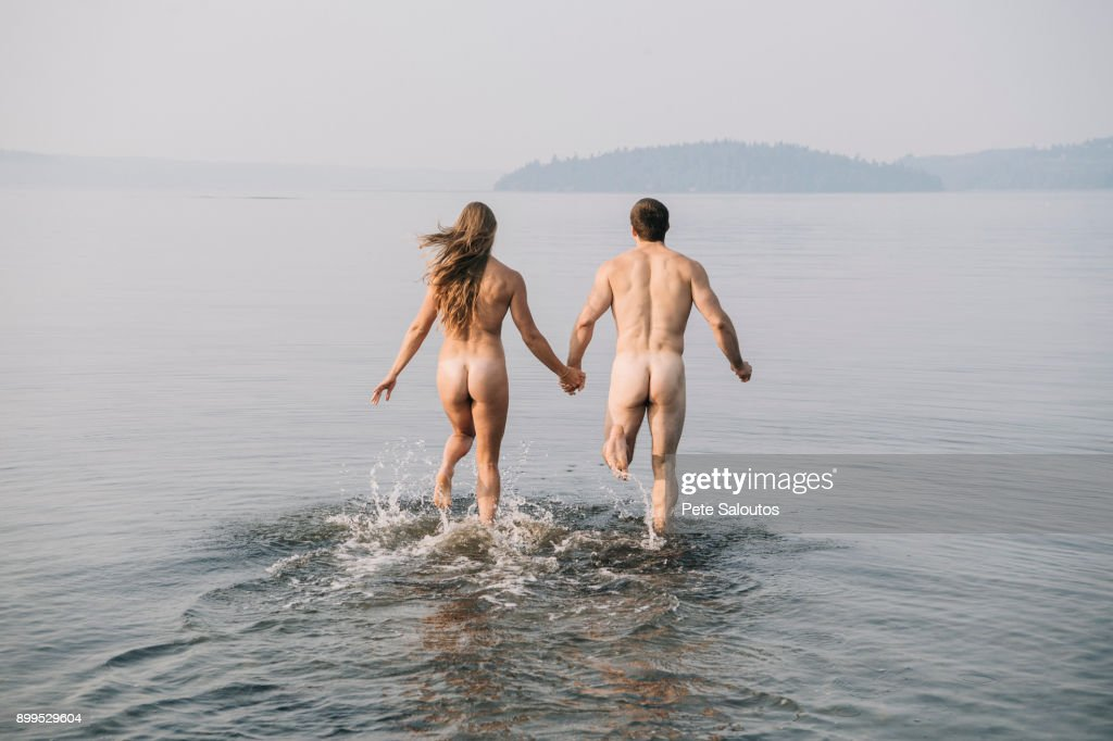 nude couple pics in water