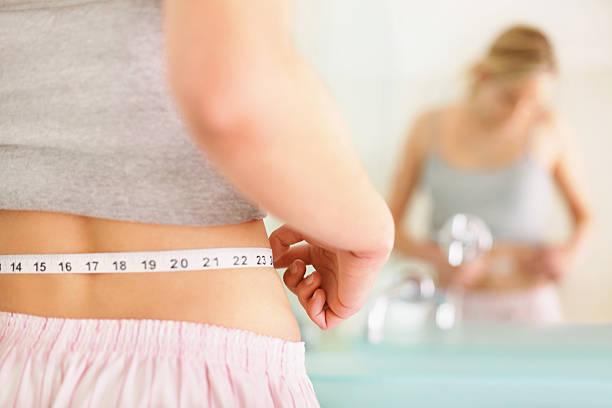 ह्या कारणांमुळे वाढते कंबरेजवळील चरबी !