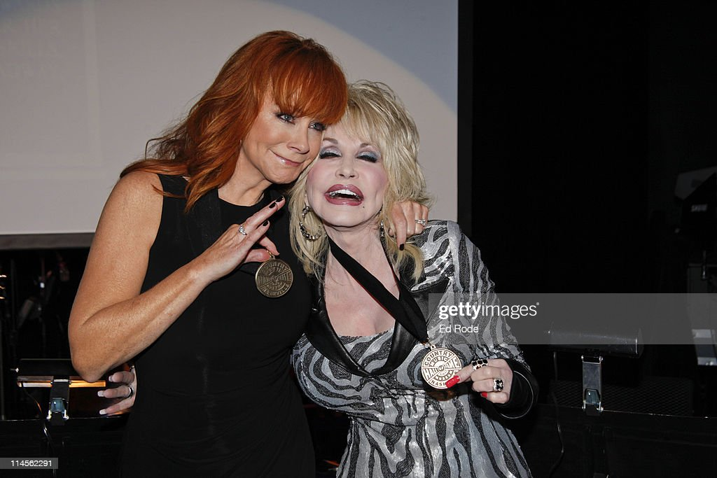 2011 Country Music Hall Of Fame Medallion Ceremony Induction : News Photo