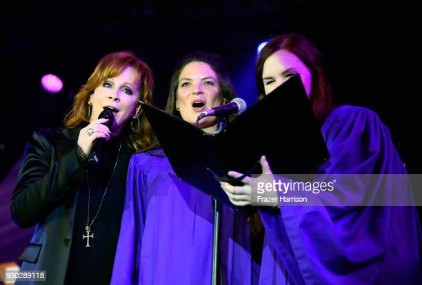 Reba McEntire and guests perform onstage at Celebrity Fight Night XXIV on March 10 2018 in Phoenix Arizona