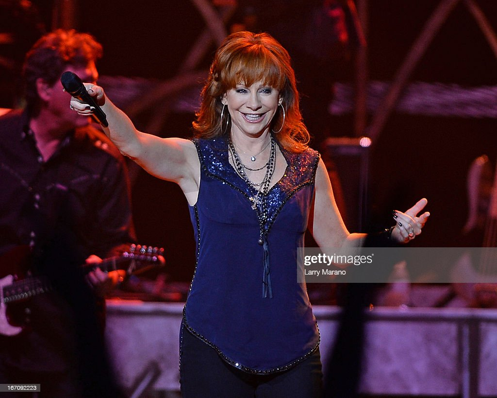 Reba McEntire Performs At Hard Rock Live!