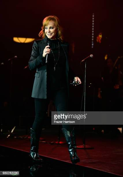 Reba McEntire performs onstage at Celebrity Fight Night XXIV on March 10 2018 in Phoenix Arizona