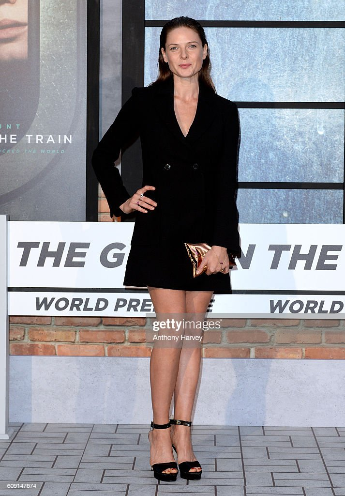 """The Girl On The Train"" - World Premiere - Red Carpet Arrivals"