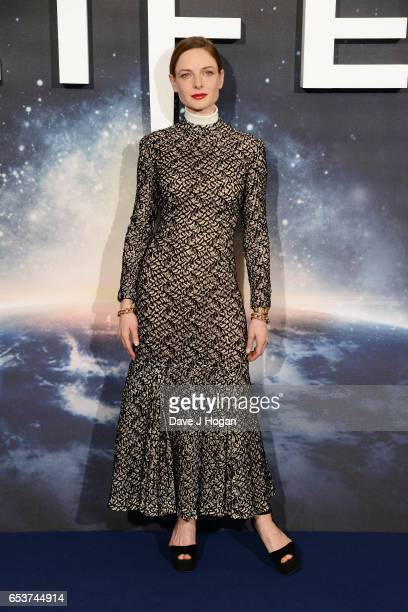 """Rebecca Ferguson attends the """"Life"""" photocall at Corinthia Hotel London on March 16, 2017 in London, England."""