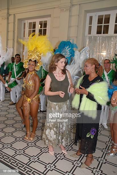 Rebecca Immanuel Kenya Costa Jockey Club Sambaschule Santa Cruz ZDFReihe Traumschiff Folge 56 Rio de Janeiro Episode 1 Silvestermenu mit Hindernissen...