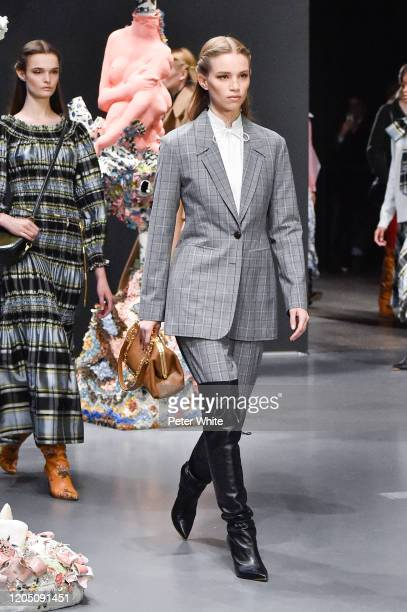 Rebecca Leigh Longendyke walks the runway during the Tory Burch Fall Winter 2020 Fashion Show at Sotheby's on February 09, 2020 in New York City.
