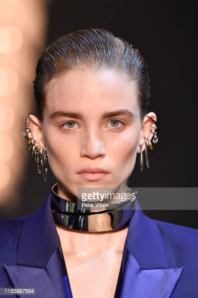 Rebecca Longendyke walks the runway during the Alexander McQueen show as part of the Paris Fashion Week Womenswear Fall/Winter 2019/2020 on March 04...