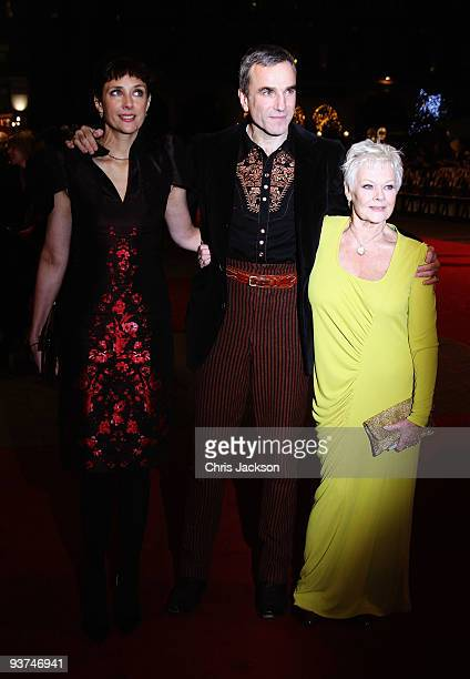 Rebecca Miller Daniel DayLewis and actress Dame Judi Dench attends the World Premiere of 'Nine' at Odeon Leicester Square on December 3 2009 in...