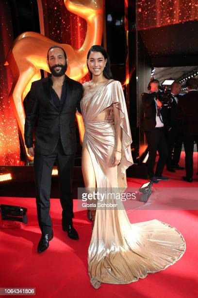 Rebecca Mir and her husband Massimo Sinato during the Bambi Awards 2018 Arrivals at Stage Theater on November 16, 2018 in Berlin, Germany.