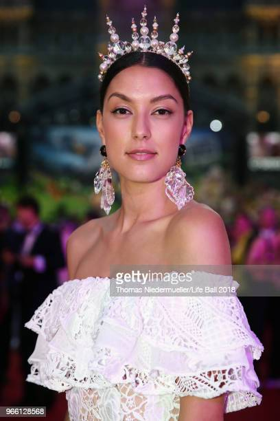 Rebecca Mir arrives for the Life Ball 2018 at City Hall on June 2 2018 in Vienna Austria The Life Ball an annual charity event raising funds for HIV...