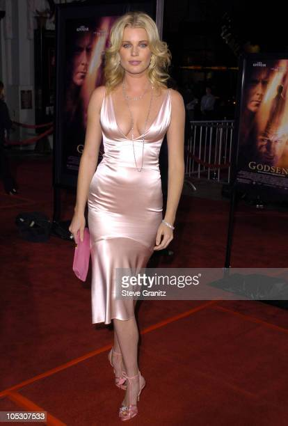 Rebecca Romijn Pictures and Photos