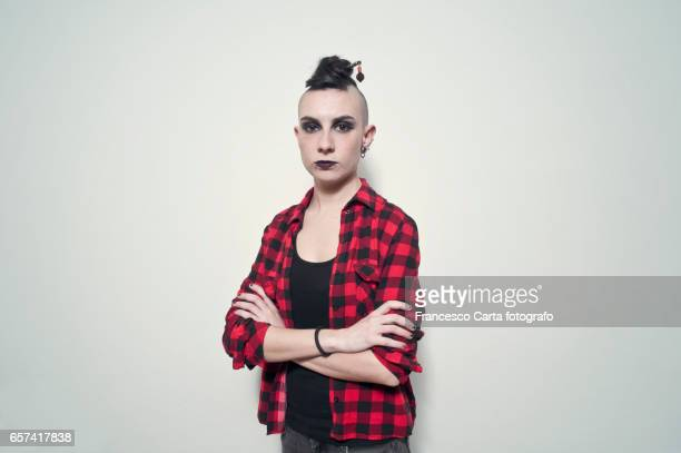 rebel - shaved head stock pictures, royalty-free photos & images