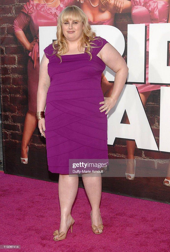 """""""Bridesmaids"""" Los Angeles Premiere - Arrivals : News Photo"""