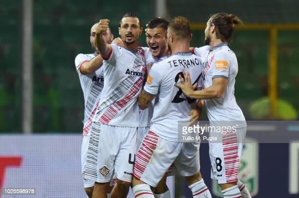 Rebelato Gabriel Strefezza of Cremonese celebrates after scoring the equalizer during the Serie B match between US Citta' di Palermo and US Cremonese...