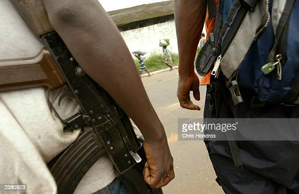 lurd rebels in liberia - gun stock pictures, royalty-free photos & images