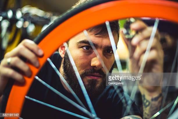 Rebuilding a broken bicycle