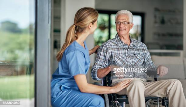 receiving professional, compassionate, and personalized care - emotional support stock pictures, royalty-free photos & images