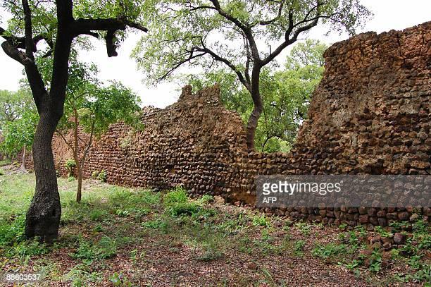 SES RUINES DE LOROPENI AU PATRIMOINE MONDIAL*** Recent picture of a partial view of the 11th century stone ruins in Loropeni Burkina Faso taken on...