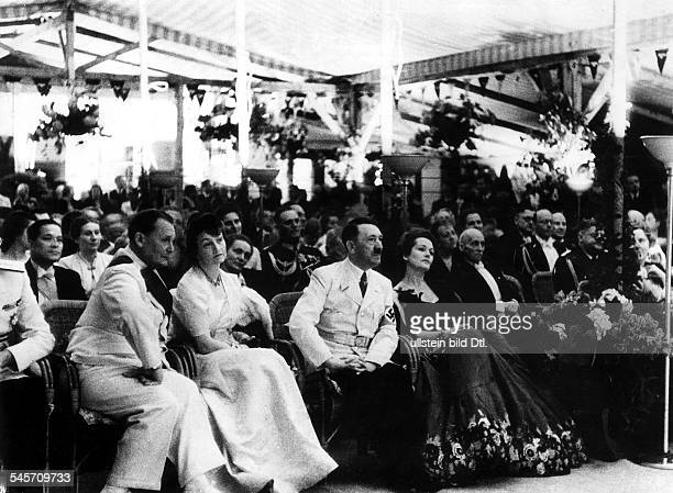BERLIN RECEPTION 1939 Reception at the house of Foreign Minister Joachim von Ribbentrop 22 May 1939 Front row left to right Hermann Goering Annelies...