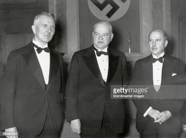 Reception for the former US-President Herbert Hoover. Left. Hjalmar Schacht, on the right the American ambassador in berlin R. Hugh Wilson....