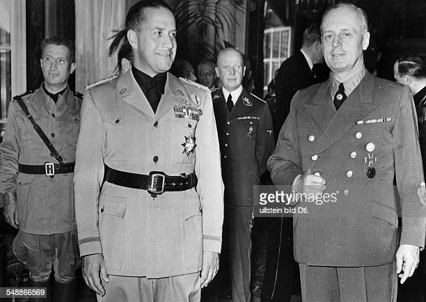 Reception in honour of the Italian Foreign Minister Count Galeazzo Ciano by the German Foreign Minister Joachim von Ribbentrop in the middle the...