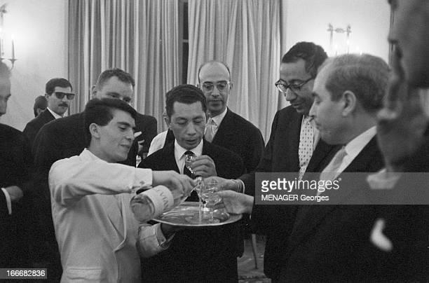 Reception Of Tito At Hotel Majestic In Tunis 13 Avril 1961 le Maréchal Tito avec Ferhat Abbas et Habib Bourguiba Pendant une réception parmi les...