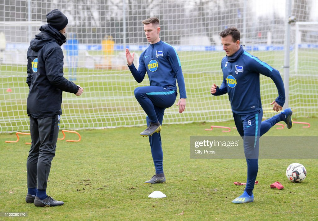 Hertha BSC training session : News Photo