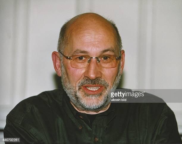 Rechtsanwalt und Systemkritiker Horst Mahler. Ehemals RAF-Mitbegründer, nun Anhänger der NPD. Neonazi Aufgenommen Mai 1998.