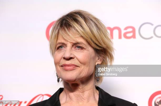 "Recipient of the CinemaCon Ensemble Award for the upcoming movie ""Terminator Dark Fate"" actress Linda Hamilton attends the CinemaCon Big Screen..."