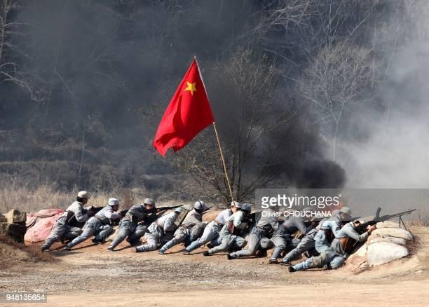 Reconstitution d'une bataille sur le site mythique de Yan' An berceau du Maoisme dans la province du Shanxi le 10 Novembre 2014 Chine Toute activité...