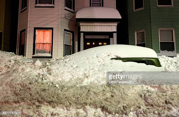 record breaking boston blizzard 2015. snowiest winter in boston's history - east stock pictures, royalty-free photos & images