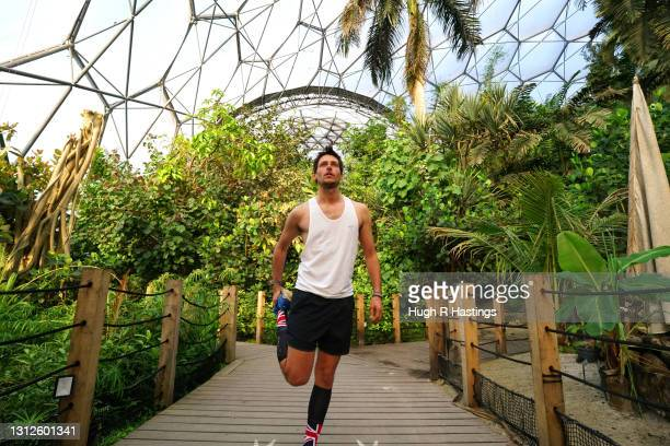 Record-breaking marathon man Nick Butter training for his 5,000-mile Run Britain attempt in the humidity of the Rainforest Biome at Eden Project on...