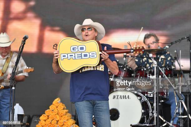 Recording Artist Alan Jackson performs onstage during Broadway Smash Preds Party with a Purpose on June 3 2017 in Nashville Tennessee