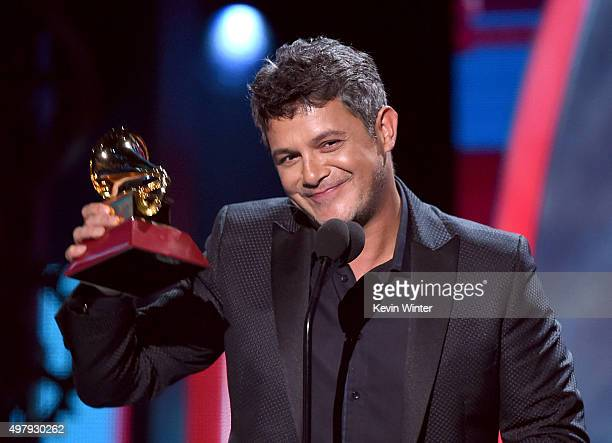 Recording artist Alejandro Sanz accepts the Best Contemporary Pop Vocal Album Award for 'Sirope' onstage during the 16th Latin GRAMMY Awards at the...