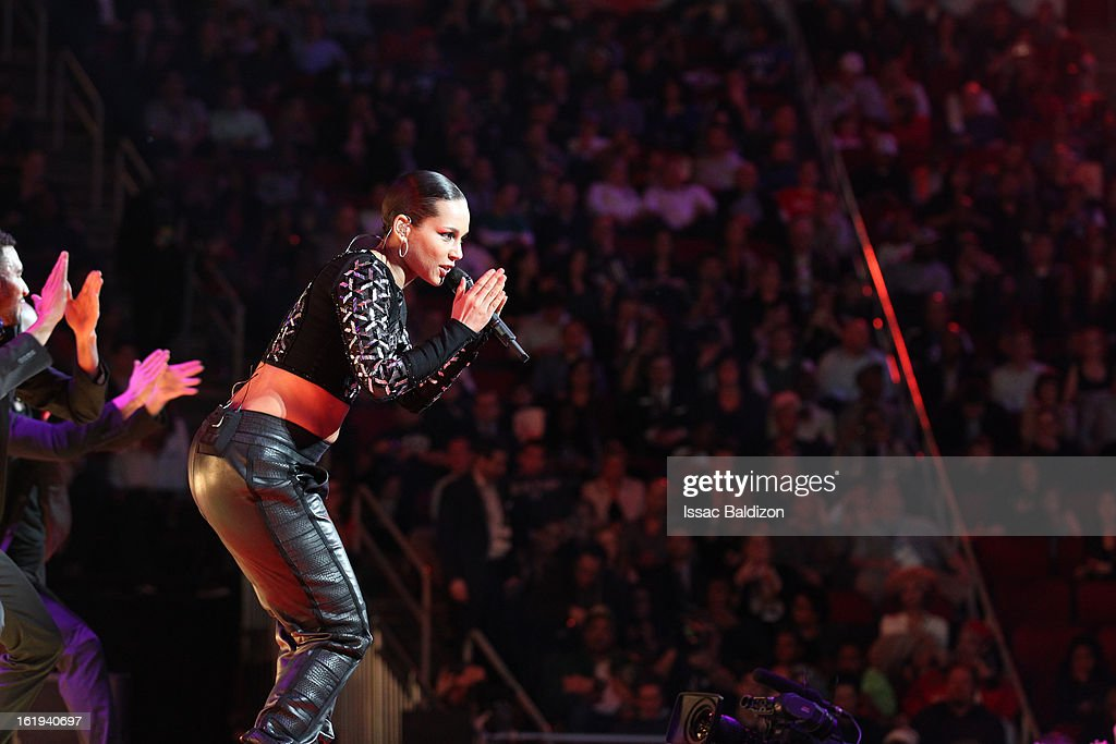 Recording Artist Alicia Keys performs for the crowd during half-time of the 2013 NBA All-Star Game on February 17, 2013 at Toyota Center in Houston, Texas.