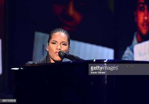 Recording artist Alicia Keys performs onstage during the 2014 iHeartRadio Music Festival at the MGM Grand Garden Arena on September 19, 2014 in Las...