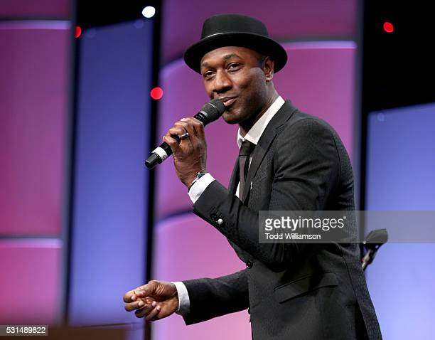 Recording artist Aloe Blacc performs onstage during JDRF LA's IMAGINE Gala to benefit type 1 diabetes research at The Beverly Hilton on May 14 2016...
