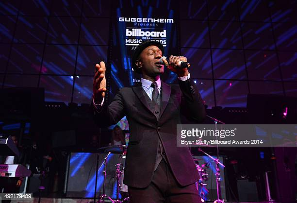 Recording artist Aloe Blacc performs onstage during the Official AfterParty for the 2014 Billboard Music Awards at The Light at Mandalay Bay Casino...