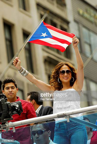 Recording artist and actor Jennifer Lopez attends the 50th Anniversary National Puerto Rican Day Parade along 5th Avenue June 10 2007 in New York City
