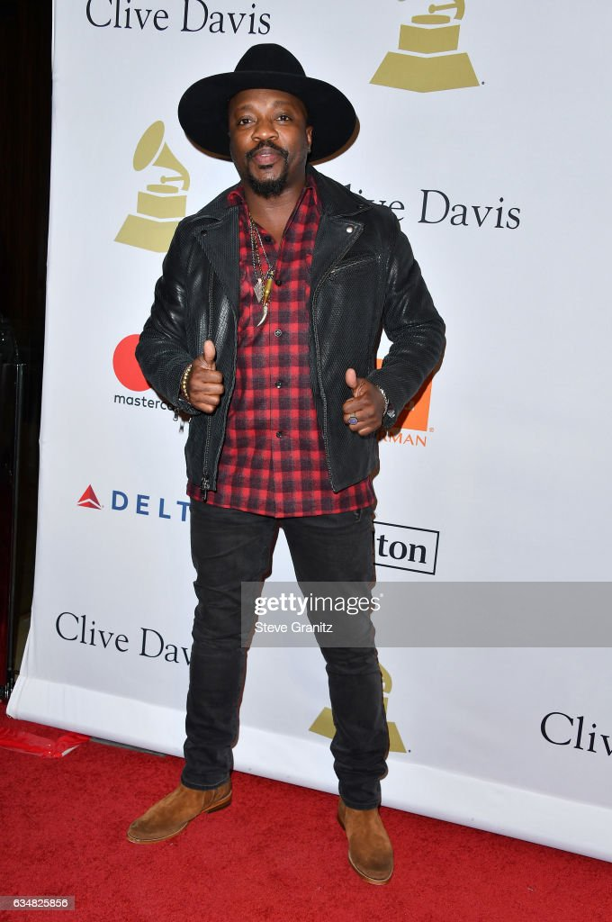 Recording artist Anthony Hamilton attends Pre-GRAMMY Gala and Salute to Industry Icons Honoring Debra Lee at The Beverly Hilton on February 11, 2017 in Los Angeles, California.