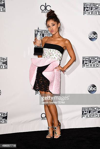 Recording artist Ariana Grande winner of Favorite Pop/Rock Female Artist poses in the press room during the 2015 American Music Awards at Microsoft...