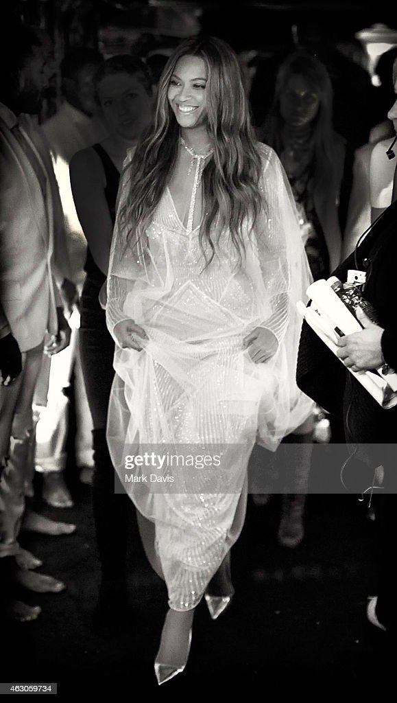 Recording artist Beyonce poses backstage at The 57th Annual GRAMMY Awards at STAPLES Center on February 8, 2015 in Los Angeles, California.