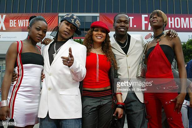 Recording artist Big Brovaz attend the film premiere of ScoobyDoo 2 at Grauman's Chinese Theatre on March 20 2004 in Hollywood California