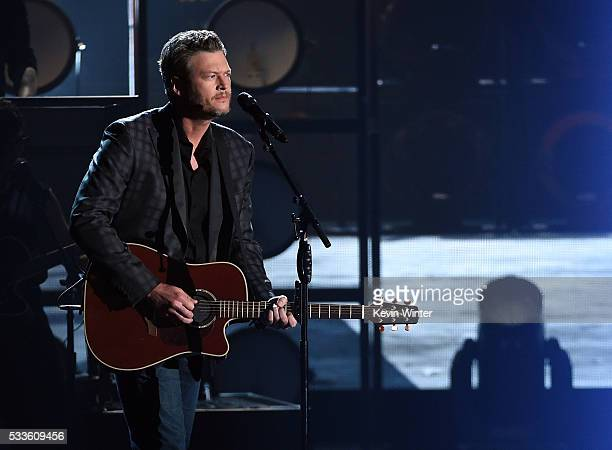 Recording artist Blake Shelton performs onstage during the 2016 Billboard Music Awards at TMobile Arena on May 22 2016 in Las Vegas Nevada